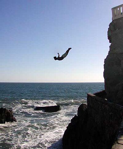 cliff_diver_quebrada.jpg